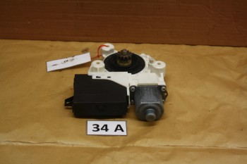 Ford Focus DA3 Bj.06 Fensterhebermotor HL 0130822219