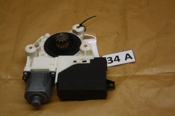 Ford Focus DA3 Fensterhebermotor VR 0130822218