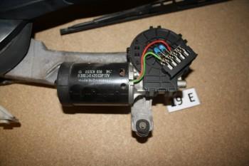 Mercedes W211 Wischemotor + Mechanik A2108201542