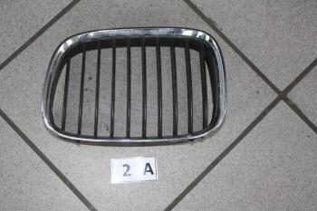 BMW E39 Ziergitter Niere Motorhaube links 8159315