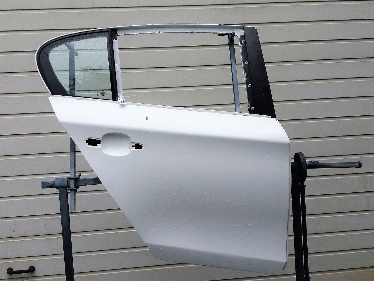 bmw 1er e87 t r hr af9162. Black Bedroom Furniture Sets. Home Design Ideas